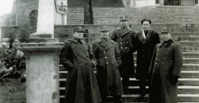 带领|张灵甫被击毙后,粟裕下了5字命令,张灵甫妻子十分感动