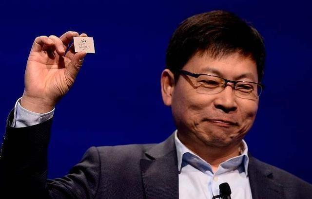 谷歌 效率提升1000倍国产石墨烯芯片研制成功,摆脱台积电指日可待